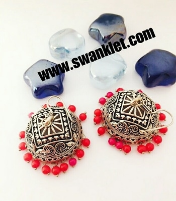 Swanklet oxidized Silver mini jhumka  earring for women and girls...  Ping for price!!!!  #onlineshopping  #onilnestore  #fashion #fashionworld #trendy #instastyle #dm_for_order #swanklet #sparklingcreationz #diva #jewellery #jewelry #earrings #traditional #chic #lovely #beautiful #earringsoftheday #buyme #shopperslove#Swanklet #IamSwanklet #sparklingCreationz #sparkleme #Instamood