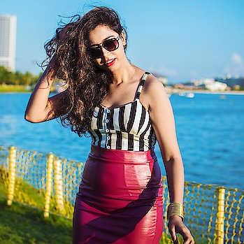 #kolkata #kolkatadiaries #kolkatafashionblogger #kolkata_igers #igers #ig_calcutta #instablogger #igdaily #instamood #instadaily #vacay #beach #poser #bong #wiw #portraitphotography #portrait #model #sunday #weekend #weekendvibes #love #loveyourself #she