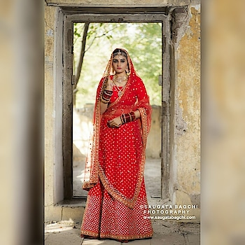 Pearls and diamonds means nothing if the bride goes for a red lehenga for her wedding. You can either visit our stores in Dehradun, Delhi and Pune or check our collection on our website www.rentanattire.com #weddingphotos   #weddingbuzz  #event  #eventdiaries  #statementmaker  #traditional  #western  #weddinginspirations  #bridetobe  #bridesmaids  #groomed  #bridesmaids  #trends2019   #weddingday  #preweddingphoto  #rentals  #outfit  #accessorieslove  #rentitout  #rentanattireweddings #rentanattire