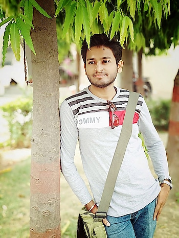 #lifestyle #open minded #sharing #coolstuff #coolbreezyafternoon #collegewear #lucknow #mycity #fascistic #fashion #photographylove #roposo-pic #greenery #lovethispic