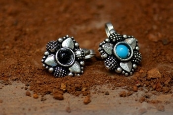 #noseclips #blueandblack #stonestudded #flowershape #germansilver