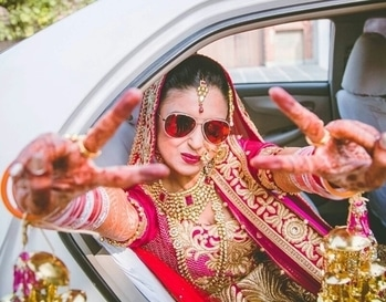 The swag of this cool bride is out of this world... To be as cool as this bride, shop from WedLista.com for such splendid lehenga and matching jewellery.  Pic credits: @thelovestruckweddings  #WedLista #FashionForWeddings