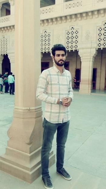#jodhpur  #mehrangarhfort #awesomeplace #wranglerjeans #unitedcolorsofbenetton #casiowatch #beardlove #punjabi 😊😊
