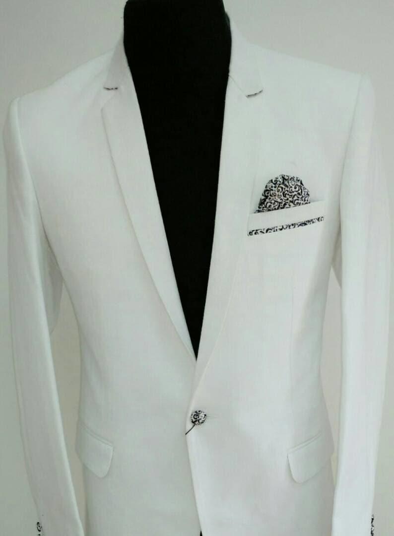 #handcrafted  #bespoketailoring #doorstepservice #men's fashion #groom-wear #blazer #bandhgala #white  @ #fab2stitch #attireyourattitude  #blazers