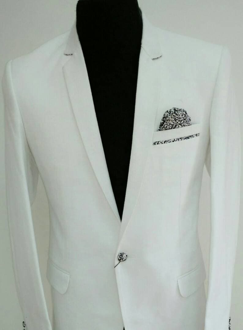 #handcrafted  #bespoketailoring #doorstepservice #men's fashion #groom-wear #blazer #bandhgala #white  @ #fab2stitch #attireyourattitude  #blazers