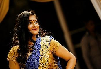 #sistersweddingday #ethnicstyle #indianculture #indianwears #saree #weddingdiaries #weddingthings