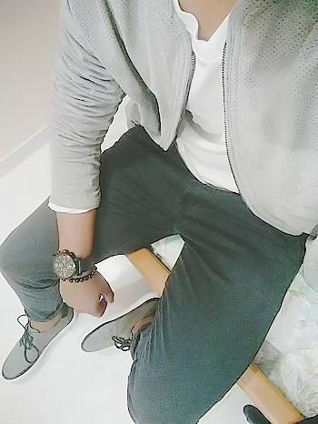 Being basic Dress code:- casual Brands:- #jackandjones #abercrombie #levis #jockey #fcuk #giordano