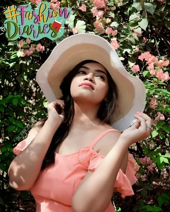 Hats are one of the best ways to protect yourself from this summer heat and the best part is they make you look lovely! I love this Amazing Hat from @forever21 is such a favourite of mine 👒 #fashion #style #beauty #makeup #photoshoot #colorful #like4likes #springtime #glow #pretty #throwback #dressy #flowerchild #spring #nature #season #fashionstory #instafashion #instastyle #instabeauty #fashionblogger #styleblogger #beautyblogger #beautyvlogger #indianblogger #Ahmedabadstyle #ahmedabadspring #Ahmedabadblogger #ahmedabadvlogger #shopaholicpals #fashiondiaries