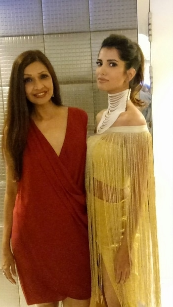 At the Bombaytimes fashionweek with former Miss India Manasvi  Mamgai..  My outfit is from a boutique in Greenwich Village New York ...