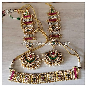 Fantastically handcrafted handcrafted choker with kanauty chandbalies 💞💞 Dm for bookings  #pachchikundans #sabyasachisaree #sabhyasachibride #sabhyasachimukherjee #sabhyasachiinspired #goldplated #statementjewellery #celebrity #instabloggers #instastyle #indianweddinglook #instabloggers #instastyle #indianweddinglook #destinationwedding #goa #jaipur #usa #uae #_jaipuri_jewels #ontario