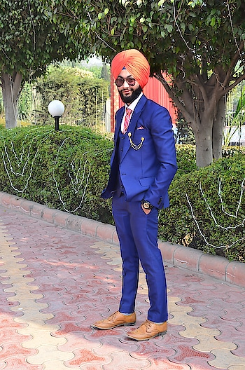 #SwAg #mAkEs #bOYs #cLaSS #mAKeS #GenTLeMEn #TURBAN #mAkEs #kinGs......          nAVi..😘