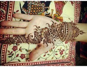 a beautiful design on my hand