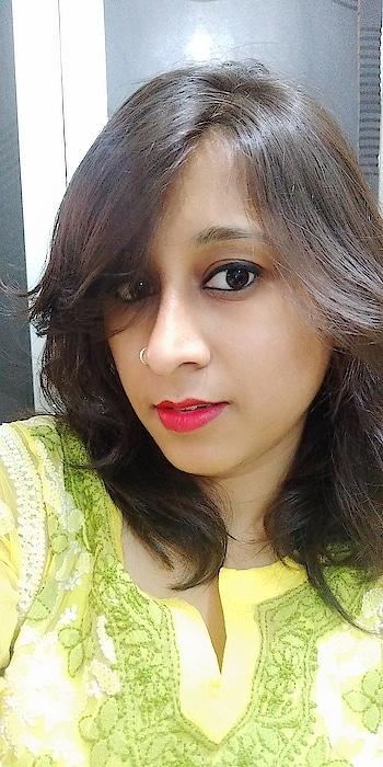#redlips  #redlipstick #chikankari #chikanwork #yellowtop #limecolor #thursday #thursdaymotivation #lovemake-up #bloggerlove #blogger-style #fshion_blogger #roposo-style #roposome