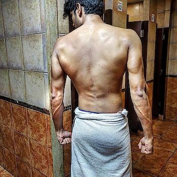 . Don't be the same be better 🔥 . . . .  #instafit #progress #gymlife #shredded #cardio #aesthetics #fitnessaddict #fitspiration #getfit #noexcuses #fitnessmodel #healthylife #fitnessmotivation #gymrat #dedication #physique #gains #lift #fitlife #fitnessjourney  #incredibleindia #mumbai_igers #photographers_of_india #mumbai_uncensored #mymumbai #_soimumbai #androidography #androidnesia #androidinstagram #instaandroid #focalmarked