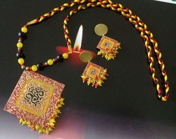 #bindurekha #dhaatu2017 #handmade #jewellery #earrings # #handmadejewelry #metalseries #fashion #style #earringsoftheday #stylediaries #blog #fashionista #pune #mumbai #ahmedabad #Surat #delhi #chennai #kolkata #Goa #hyderabad #picoftheday #instapic #newstudio #igers #ilovehandmade #handcraftedjewelry#metaljewellery#beadsjewellery  Price Rs 1899. Please whatsapp 9822296370 for enquiries.Do visiy our FB page Facebook.com/bindurekha.in