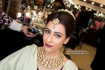 As she gets dressed for the most important day of her life ❤ Vidhi ----------------------------------------------------------------- Chandni Singh studio, E 16, Upper Ground floor, Hauz Khas, New Delhi 110016 /  9961263666 ------------------------------------------------------------------- ➡️Snapchat id - chandni.singh ➡️Youtube  Chandni Singh studio a ------------------------------------------------------------------- #makeup #makeuplove #makeuplovers #mua #bridalmakeup #bridalmakeupartist #indianbride #bride #csbride #chandnisingh #chandnisinghstudio #chandnisinghbride #smokeyeyes #lashes #darklips #bridalmua #makeupartist #youtuber #urbandecay #toofaced #lagirl #benefit