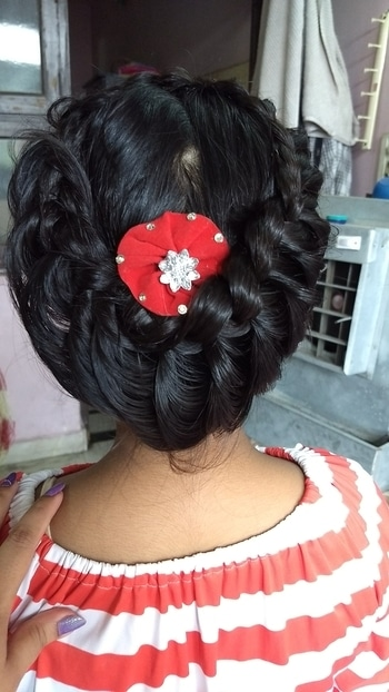 did this crown braid on my client's daughter..#hairstyle #crownbraid #crownhairstyles #indianhair #blackhair #muadelhi #freelancemua #makeupartistsworldwide #roposodaily #roposodiaries #newpost #goals2017 #positivevibes #like #followme #comment