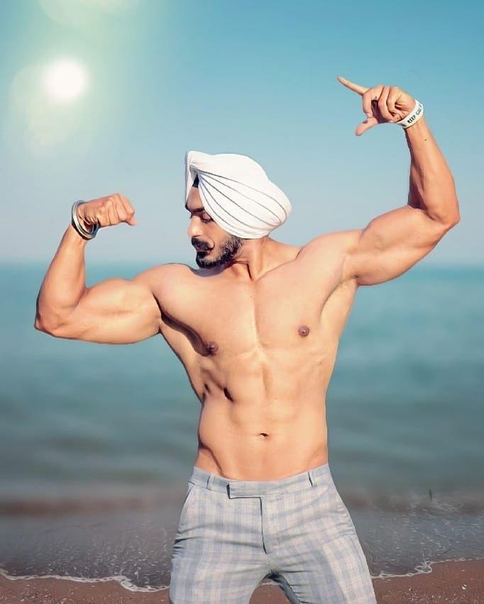 #sardar #sardari #sardarji #punjabi #harpfarmerstories #harpfarmer #bodybuilding #harpfarmer #harpfarmerstories #videoeditor moviemaker #beardedmen #beardedlifestyle #saederji #bodybuilder #bodybuilder-sarder #love  #shaandaarpunjabistatus