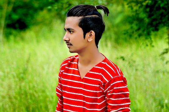 poni . #hair  #poni  #hairfashion   #manstyle  #menswear  #fashion  #stylepost  #gentleman  #next  #gentleman #manstyle  #man #goodlooking  #looklikethis #pic-cli  #indianwear  #mensfashionpost  #fashionblog #fashionbloggerindia  #fashionbloggerstyle  #roposofashionblogger  #roposo