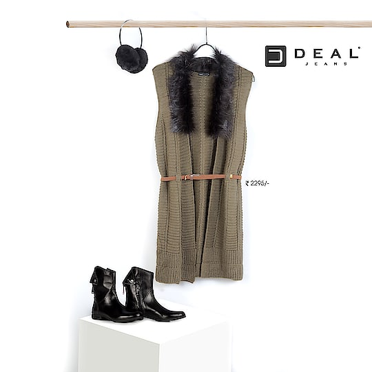 Furs are the ultimate complements for winters #DealJeans
