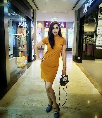 Style like a Diva👑  Ps-: @ajinkya_dholeofficial  #stylewatch  #diva 👑 #oomphfactor #stylelikediva #bodycondress  #highneckdress #denimshoes #slingbags #mustarddress #standlikeaqueen