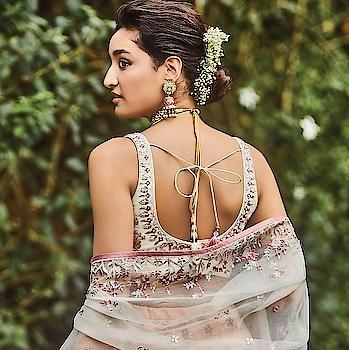 #rangoli #freshfashion #summer-fashion #ethniclook #ethnicfashion #lookgoodfeelgood