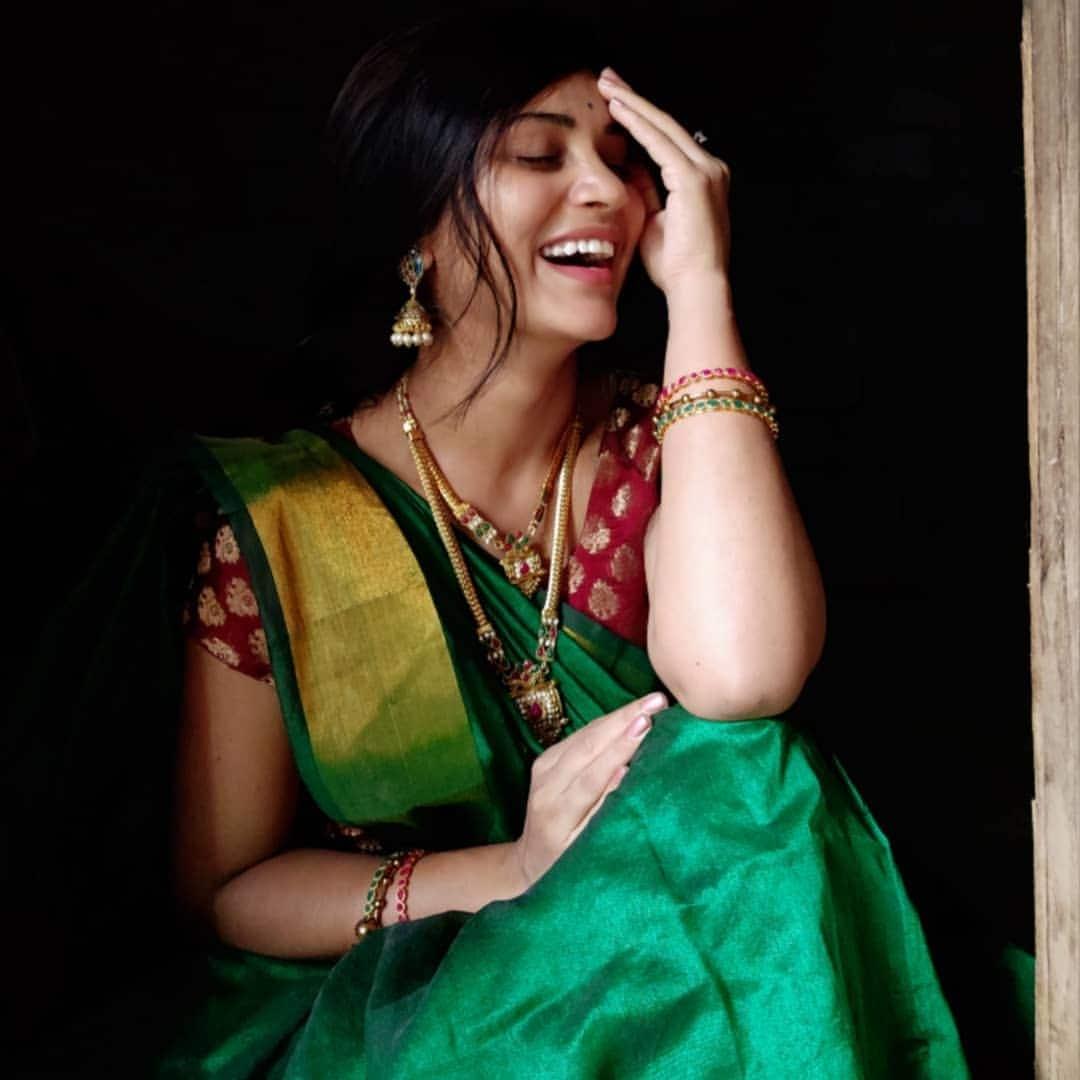 #sareewomen sareelove portrait