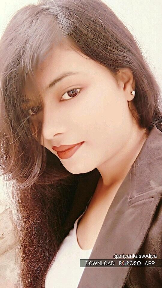 *!!!!.चिरागों को जलाने से रात रंगीन होती है… फ़िर दिल को जलाने से,गमगीन होती है… मेरी आँखों की उदासी,बढती है जितनी… ऐसे इश्क की सुरत, और भी हसीन होती है…!!!!*  *!!..This post dedicating to my follower frnd Ms Rajni Gupta …!!*