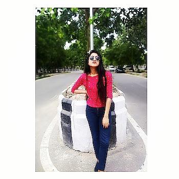 Love will always find a way 🍀 . . . . . . . . #BabesOfSBL #mastandharbour #amazon #lifestyle #reliance #fashionblogger #blog #stylediaries #indianfashionsquad #thespeakingportrait #OOTD #fashionstyle #fashionblogging #blogger #bloggerlife #styleblogger #lookbook #fashiontrend #roposo #roposobabe #POPxoDaily #bloggersofindia #SDMDaily #WFB #ThisIsNewLook #TheFashionistasDiary #myntrafashion