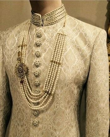 #sherwani #sherwanis #sherwanistyle #indiancouture #indianwear #wedding #weddingcollection #weddingoutfit #wedding-bride #brocade_sherwani #brocade_silk_sherwani #brocade