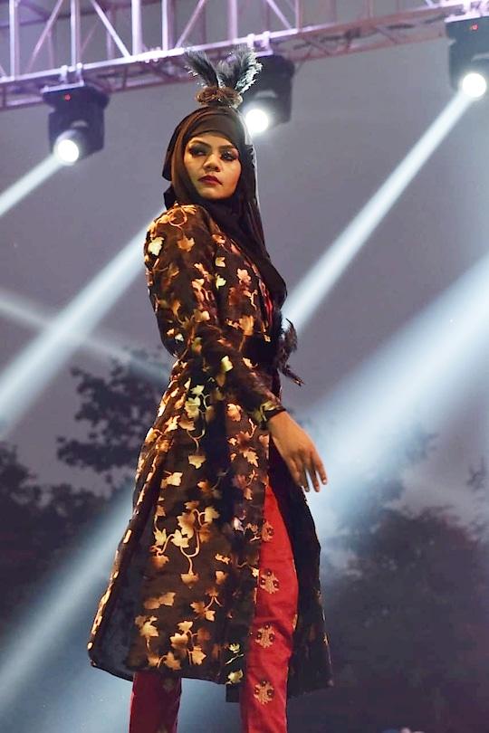 #showstopper #fashionshow #mirage #runwayqueen #model #missdelhi #theme #hijab #rampwalk