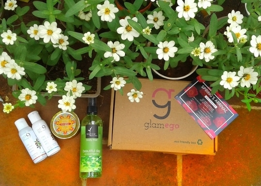 Read my review on India's most affordable subscription box at jo-writes.weebly.com . . . . #subscriptionbox #subscriptionboxindia #glamego #april #review #reviewoftheday #reviewblogger #blogger #bloggerlife #roposoblogger #bbloggger #bbloggerindia  #productreviews