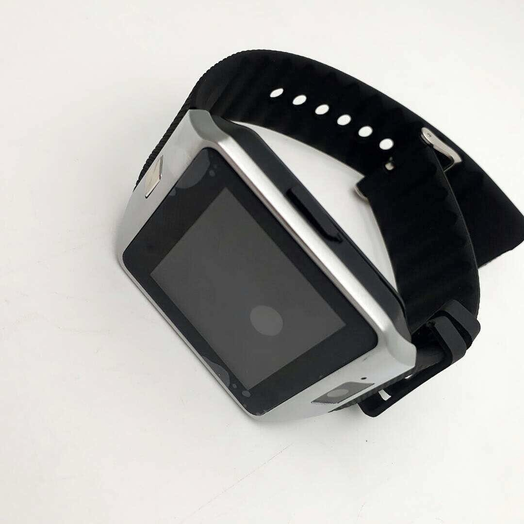digital watches with sim. all camera msgs facility. price 2500/- to buy watsapp on 9662345637