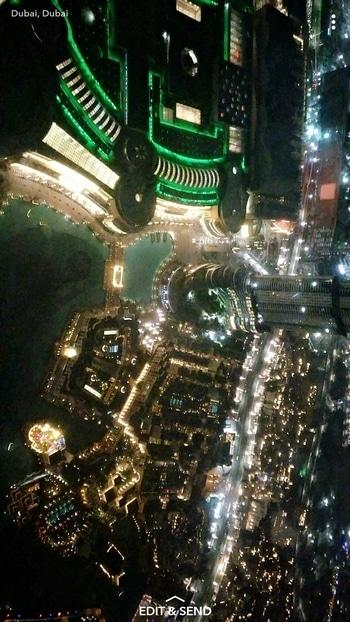 View from world's tallest building. #burjkhalifa#142floor#cityview#amazing✌️