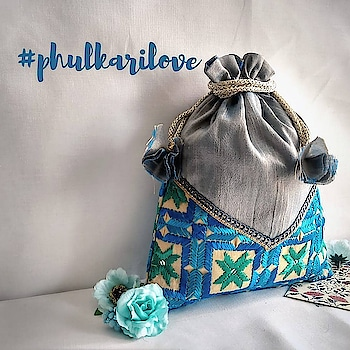 Bored with the old sling bag collection? Try something phulkari!😍 Perfect phulkari potlis to pair up with your stunning ethnic look!  DM to order 💌 Special discount for bulk orders!  #asees  #phulkari  #colorfulcollection  #phulkarilove #totebags  #travelkits  #tablerunners  #keychains  #slingbag  #zippouches  #threadwork  #festivegifts  #festiveseason  #weddingfavours  #wedding_gift  #wedaboutbride  #weddmegood   #bridetobe2019   #favors  #indianwedings  #gurgaonfashionblogger   #ethnicbags #roposo #bazaarindia #bazaar