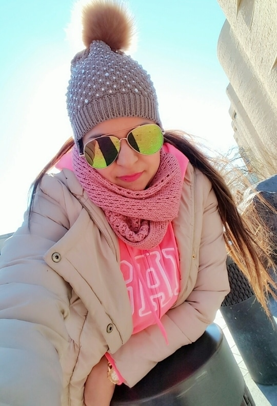 #washingtondc #whitehouse #cheeks #highlighteronpoint #makeuplove #pinklipstick #mua #artistcouture #becca #maccosmetics
