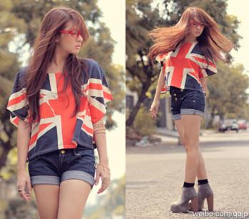 A pretty cute summer outfit! ❤😍 #summer #summeroutfit #summerstyle #shorts #top #tanktop #fancy #boots #specks #fashion #love #followformore