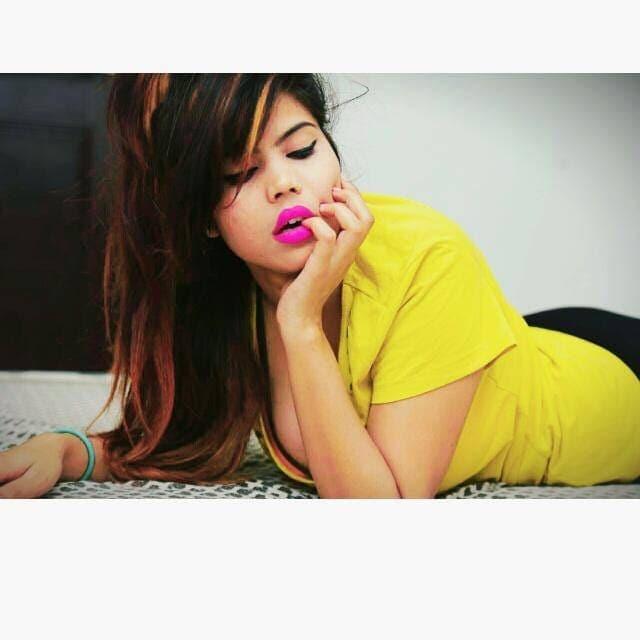 girls like to pose  #pose #poser #poseforcamera #indian #indian  #followme  #like #love  #photography #bollywood  #fashion  #indian  #instagood  #delhi  #instagram  #ig  #photooftheday   #fashionblogger  #followforfollow  #photography  #model  #travel  #nature  #indianfashion   #photo   #bhfyp