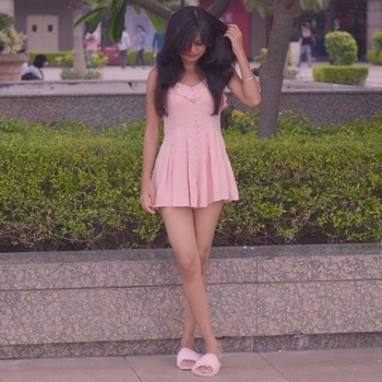 millennial pink love💓  #fashion #blogger #indianblogger #indianbloggercommunity #forever21dress #playsuit #millenialpink #love #ootd #trendingnow #summer #styles #monsoonstyle #duo