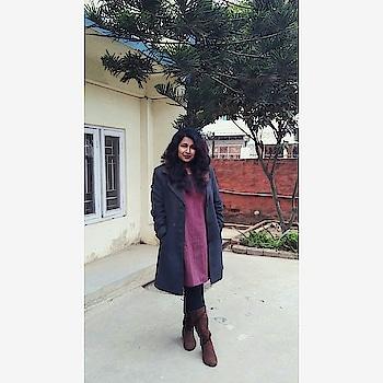 Winter 2018 diaries! #tunicdress #kneehighboots #larakaren #overcoat #goodhairday #northeastindia #winterwear #winterootd