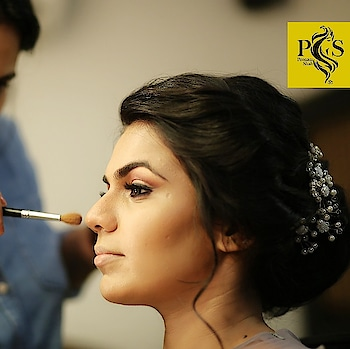 #bridesofindia #makeup #makeupartist #indianbride #indianmakeupartist #makeupartistsworldwide #makeupartistofmumbai #weddingmakeup #weddingmakeupartist #indianwedding #traditional #bride #bridalmakeup #bridalinspiration #wedding #wedmegood #poonamshahmakeup #indianwedding #reception #bridalhairstyle #bridalinspiration @wedding.india @wedmegood @weddingz.in @weddingsutra @weddingz.in @weddingnet @weddingplz @shaadisaga @shaadisquad @feminaweddingtimes @witty_wedding @indiagramwedding @popxo.wedding @popxofashion @bridalasia @bridalaffairind @bridelanindia @thebridesofindia #bridalmakeupartist #cocktail #openhair #glamour