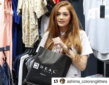 #Repost @ashima_colorsnglitters with @repostapp ・・・ Handpicked a lot of stuff from @dealjeans  . . Also a quick update  @dealjeans has store in Rohini , Sector 7 Opp Metro Pillar 400. Go grab some cool stuff before its gone. #bloggerstyle #fashionblogger #dealjeans #summer #summersale #likesforlikes #instagood #instadaily #Instagram #dealjeansxcolorsnglitters