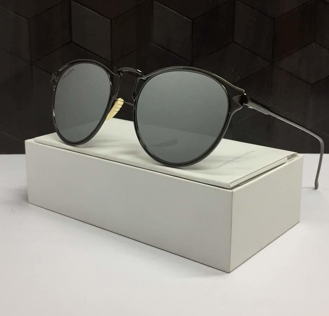 #cateyesunglasses #reflectors #cateyeglasses #aviators #shades #sunglasses #spectacles p  *PRADA SUNGLASSES* 👓  *BANG QUALITY GUARANTEED*  *WITH NORMAL BOX* 💃🏼  *PRICE - 950+$ ONLY* ✌🏻