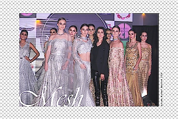 Our #meshmannequins for the private preview were these gorgeous girls who turned brides and bridesmaids for our showcase. Seen taking the final bow with our designer in exquisite handcrafted occasion wear. Grab our evening wear collection at www.nityabajaj.com  #NityaBajaj  #labelnityabajaj #handembroidered #gold #crystals #fashionshow #fashionpreview #fashion #mesh #autumnwinterfestive2018