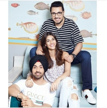 Can't wait to see the fresh pair of Kriti Sanon and Diljit Dosanjh on screen.  Both the stars get ready as they start rolling for Arjun Patiala today.   #bollywood #filmistaan #kritisanon #diljitdosanjh #arjunpatiala