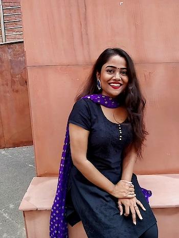 Indian look day  #ootd #waytomycloset #indian #traditional #potd #salwarsuits #delhiblogger #indianblogger