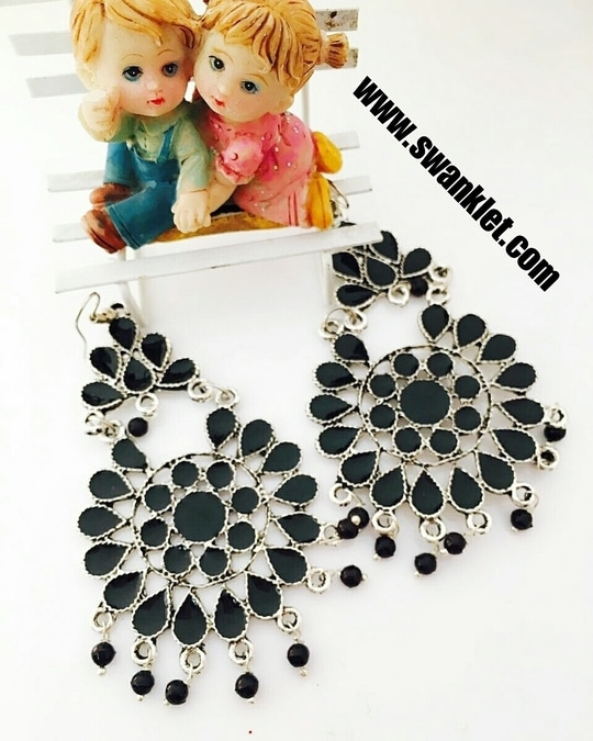 Swanklet Fashion German Silver Afghani Tribal Dangler Hook Long Earrings for Girls and Women.. Ping for price!!!  #onlineshopping  #fashion #fashionworld #trendy #instastyle #dm_for_order #swanklet #sparklingcreationz #diva #jewellery #jewelry #chic #lovely #beautiful #buyme #shopperslove #Iamswanklet #sparkleme #Instamood