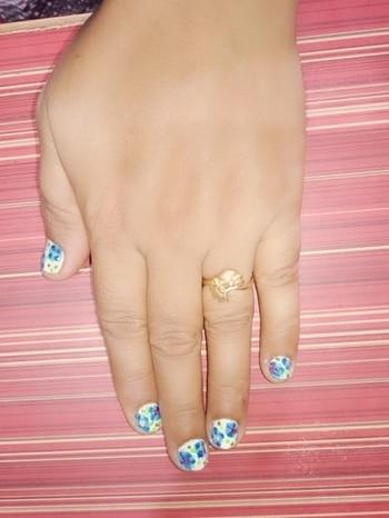 Nailart #nailart #nailartdesigns #nailartaddicts #nail-designs #nailfashion #floraldesign #nailartideas #nailtrends #nailartfun #nail art