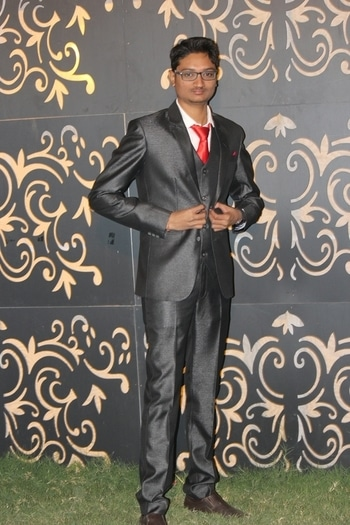 Harsh Zalavadiya #weddingdiaries  #weddingphotography #wedding-suits-designer #wedding #fashion #weddingideas