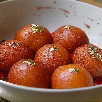 nourish the soul with authentic traditional dessert my favorite😍💕#gulab jamun😘😘